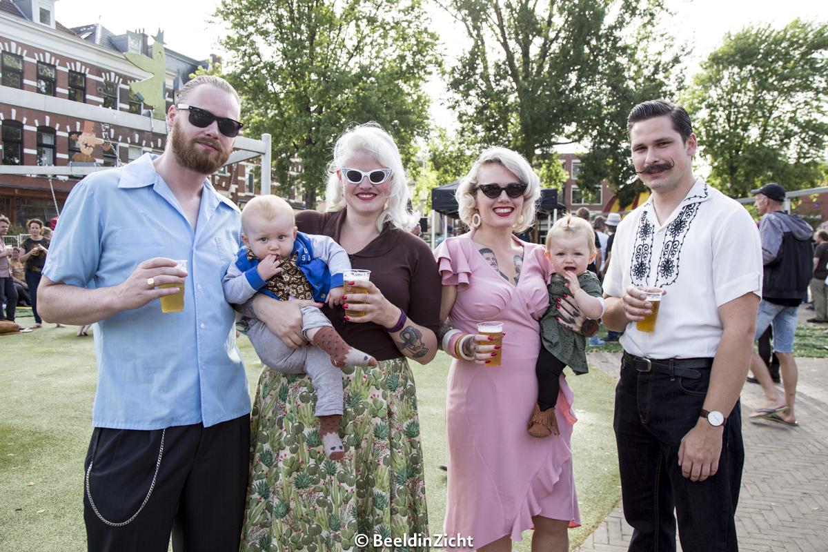 Bezoekers van het Rotterdam Bluegrass Festival