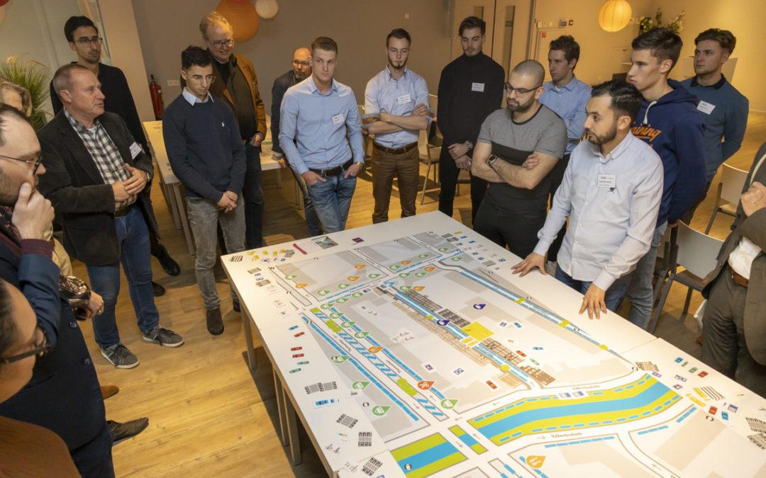 Straatpuzzel bij Conferentie Netwerkstad Nederland